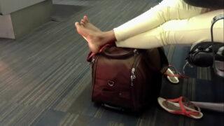 Moroccan candid feet